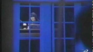 Linda Ronstadt & James Ingram - Somewhere Out There.mpg