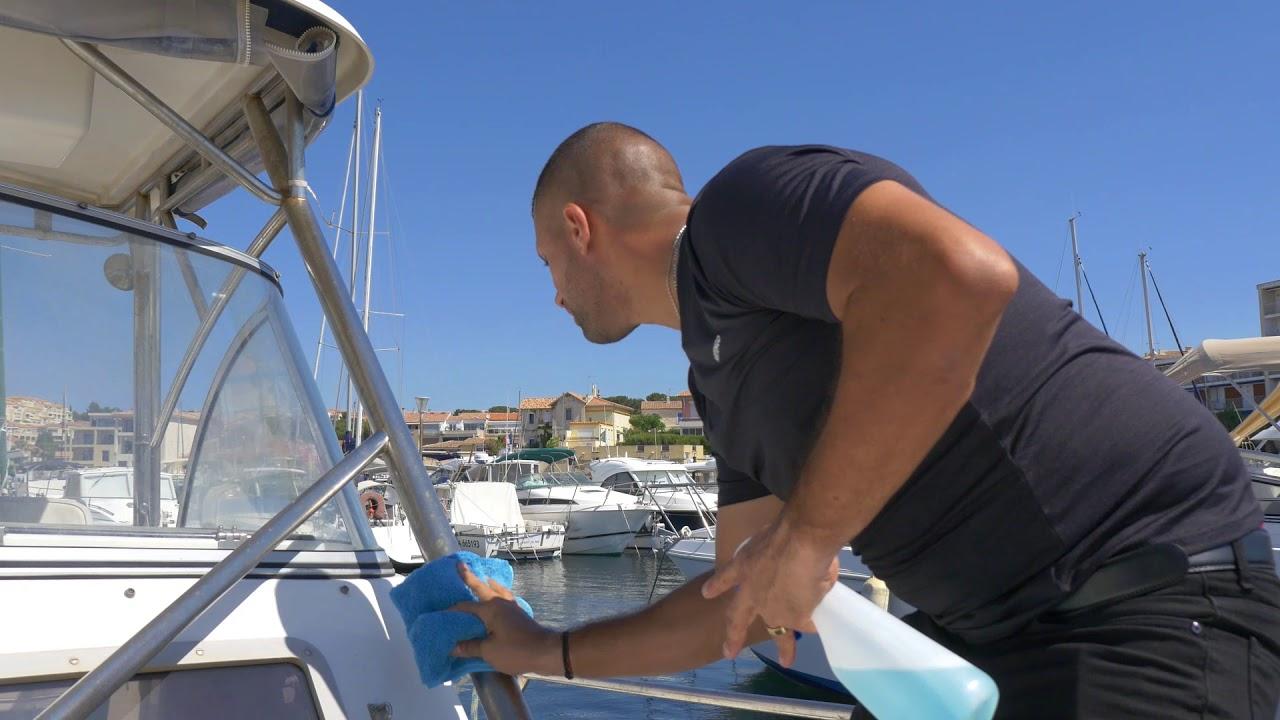 La franchise de lavage de bateau CosmétiBoat s'implante en Suisse