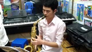 Lóp học kèn Sax tai Hà Nội cực nhanh  0946836968