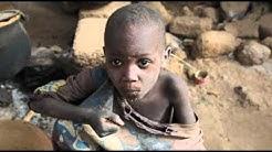 Vakava ruokapula uhkaa Sahelin alueen lasten terveyttä - Lahjoita ateria Nigerin lapsille