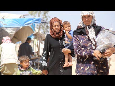 أخبار عربية   وصول مئات المدنيين من الرقة إلى مخيمات شمال #سوريا  - نشر قبل 2 ساعة