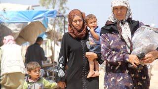 أخبار عربية   وصول مئات المدنيين من الرقة إلى مخيمات شمال #سوريا