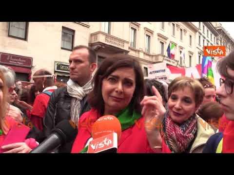 """25 Aprile, Boldrini contro Salvini: """"Solo un ignorante può chiamarlo derby tra fascisti e comunisti"""""""