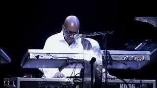 Toto - Greg Solo (Live in Paris 2007)