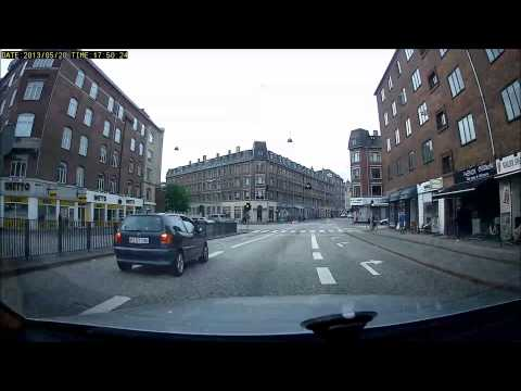 Van blows red light - Bad drivers in Copenhagen