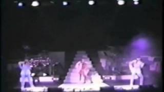 1987年1月18日に日仏会館で行われたラストライブ第一部の映像です。