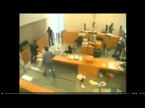 Fight in a courtroom in Israel