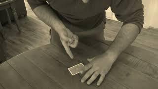 Magic Trick : Basic Playing Card Levitation