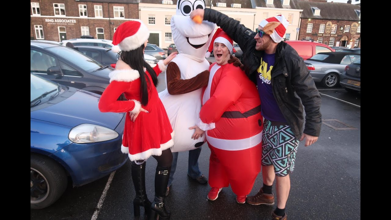 #RaveAnywhere Christmas Show Live in Kings Lynn with Rave Santa, Elsa And Olaf and more!!!!
