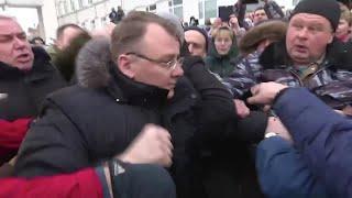 Потасовка с участием главы района у больницы в Волоколамске