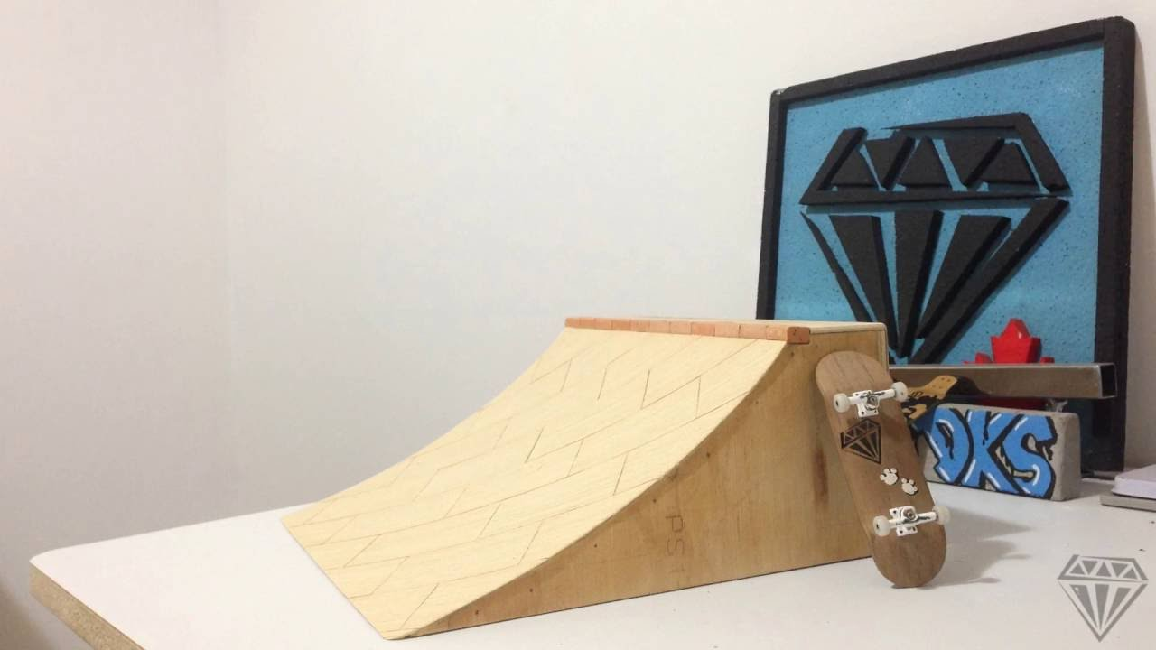 How To Make A Pro Fingerboard Quarter Pipe With Bricks Diamond Decks Fingerboard