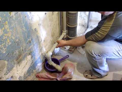 Как скрыть трубы? Короб в ванной.
