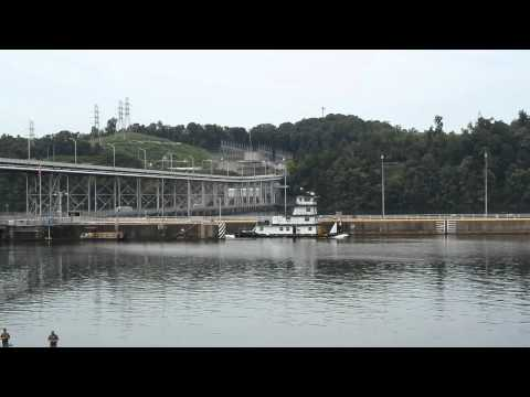 Watts Bar Dam and Lock 2014 Summer 01