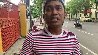 Aksi Cak Budi di kota Tulungagung, menemui sosok renta penjual kacang. Bikin nyesek.