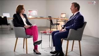 Das ganze Bild: Beatrix von Storch trifft Nigel Farage 1/2