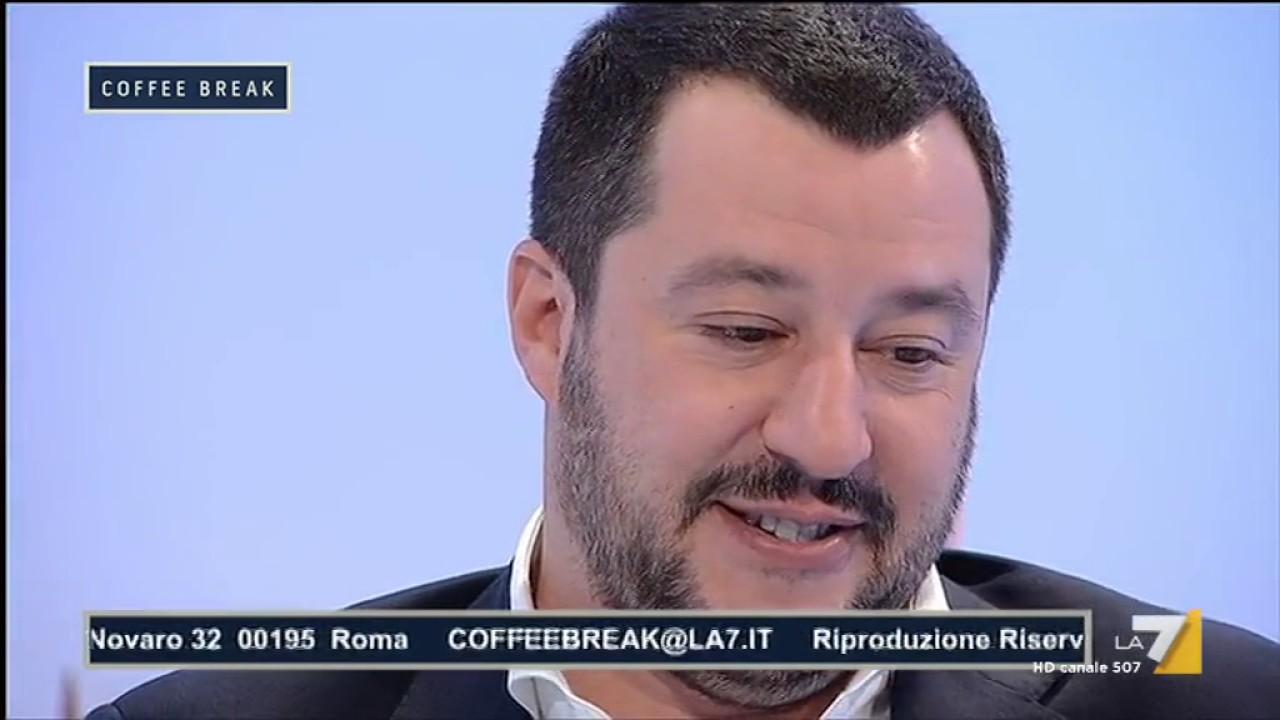 Buon Santo Natale.Matteo Salvini Buon Santo Natale Nasce Gesu Bambino Se Non Da Fastidio