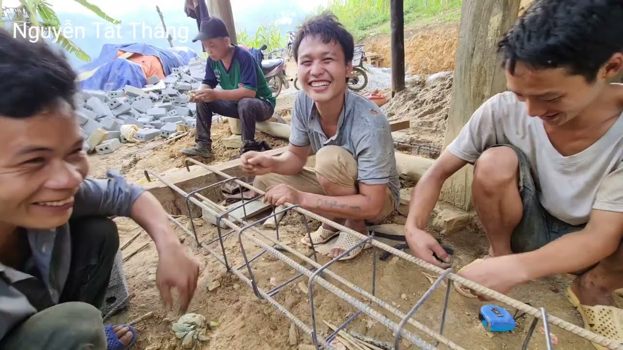 Biệt Thự đồi ngô ngày đào móng 3 hộ nghèo trên Khâu Ngài. Nguyễn Tất Thắng
