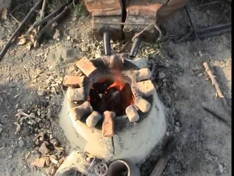 Prähistorischer Bronzeguss: Eisenzeitlicher Fingerring im Wachsausschmelzverfahren