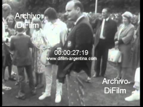 DiFilm - Jimmy Connors and Chris Evert South African Open tennis 1969