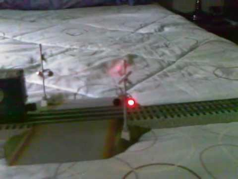 Lionel Fastrack Railroad Crossing Signal With Bell Sounds YouTube – Lionel Fastrack Wiring Signals