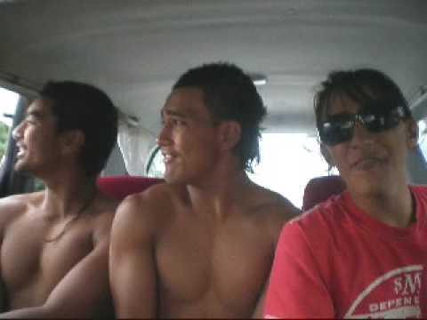 Niue Alofi boy'sz singing part 3