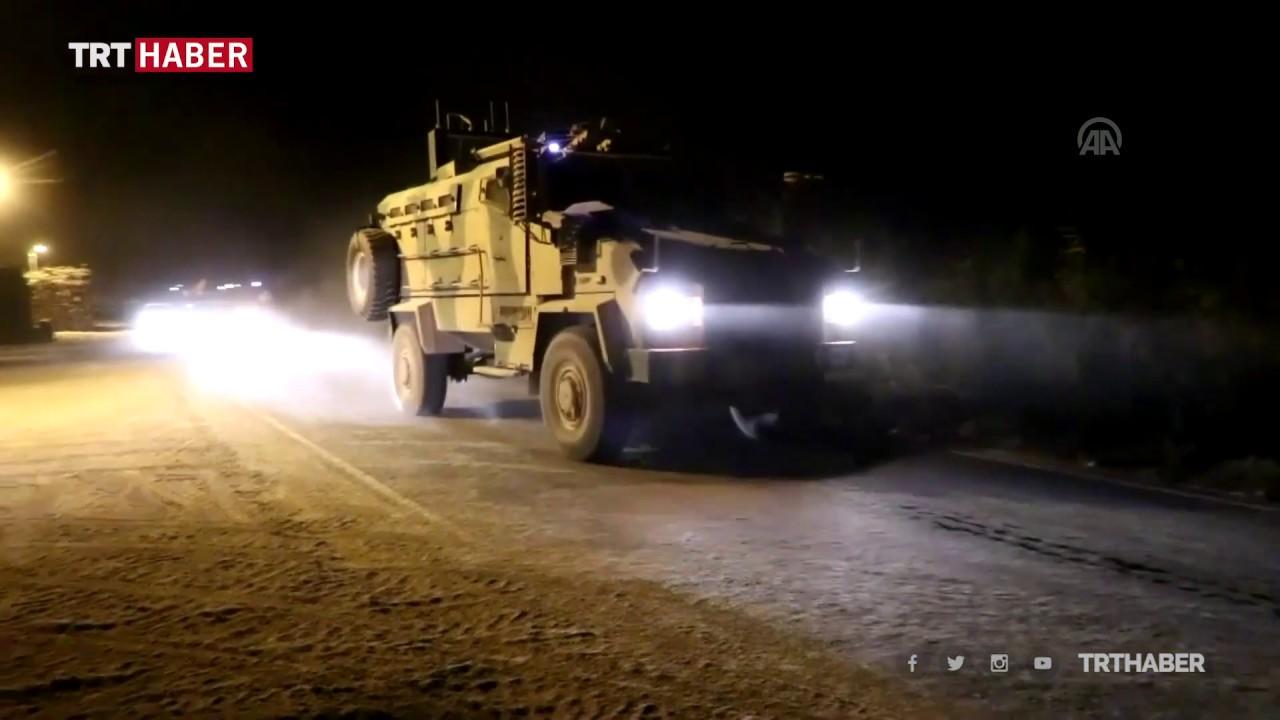 #BarışPınarıHarekatı'nda kara harekâtının da başlamasıyla zırhlılar sınır ötesine böyle geçti.