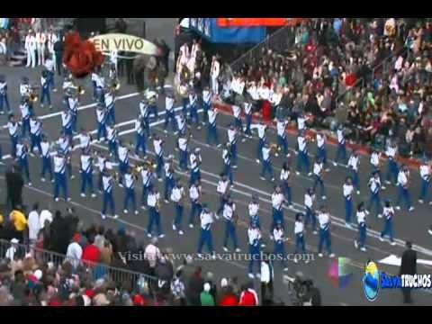 Banda El Salvador Desfile de Las Rosas 2013