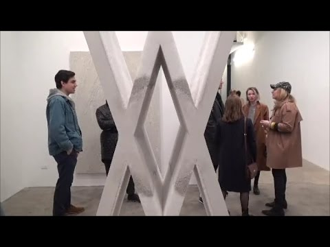 MIKE WEISS - ARTIST: Fernando Mastrangelo