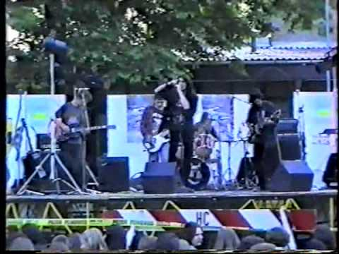 In The Fall live at Klasije 1996 - Wasted Years cover