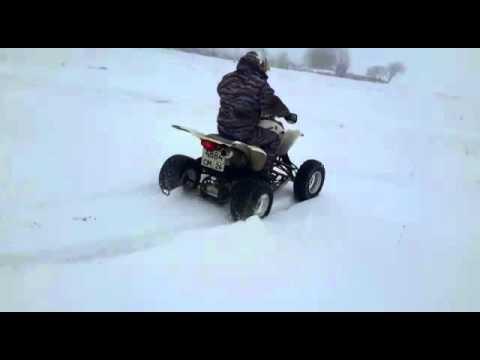 Квадроцикл YAMAHA Raptor 660R-по снегу.