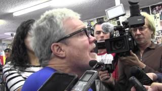 Freddie Roach says there has to be mayweather rematch; wants Crawford for Pacquiao