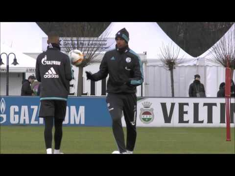 FC Schalke 04 Training 17.01.2016 - Uchida Back