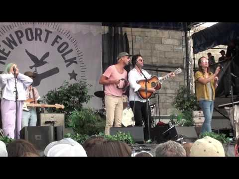 """The Head and the Heart with Rayland Baxter - """"Lost in my Mind"""" (2017 Newport Folk Festival)"""