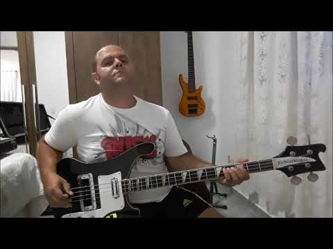 Bass Cover - Yes - Roundabout