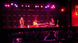 Neil Halstead - Bad Drugs and Minor Chords (live @ World Cafe Live 10/3/12)