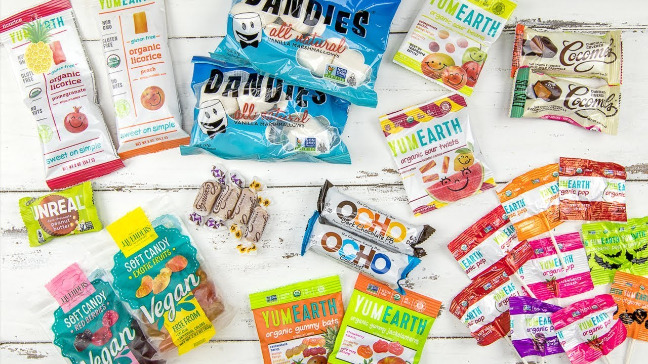 Kids Try Vegan Halloween Candy!