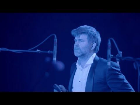 lcd-soundsystem-someone-great-shut-up-and-play-the-hits-victor-bruno