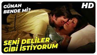 Günah Bende Mi? | Haluk, Gizlice Müvin'in Odasına Giriyor | Türkan Şoray Türk Filmi