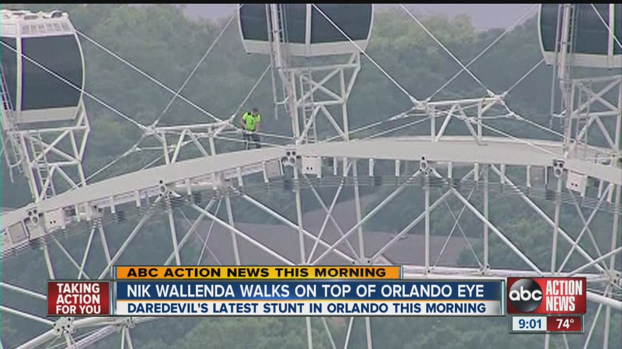 Sarasota Daredevil Nik Wallenda Walks Atop Giant Ferris Wheel - Nik wallendas epic blindfolded skyscraper tightrope walk