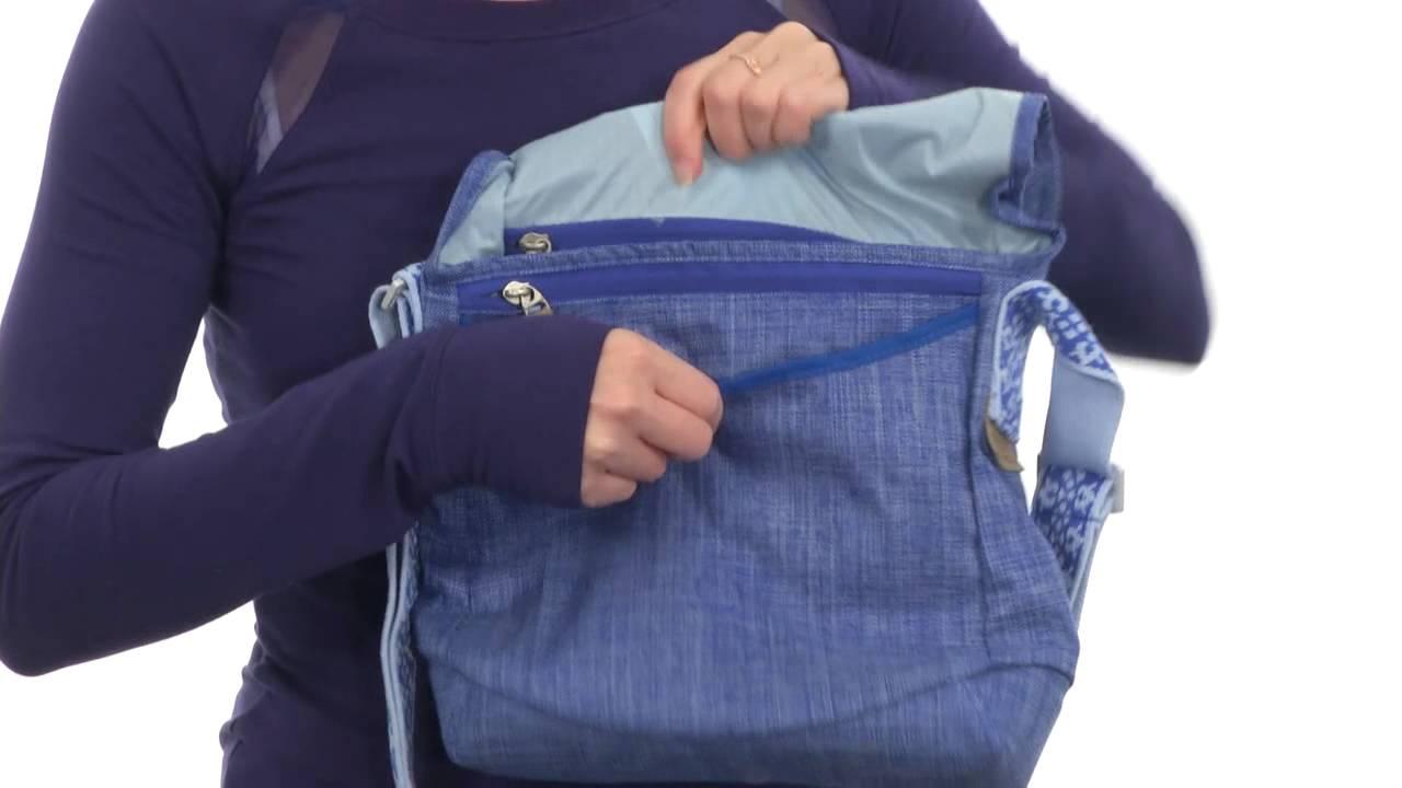 dbc2fcf6a6c Keen Brooklyn II Travel Bag Cross Hatch SKU:8363844 - YouTube