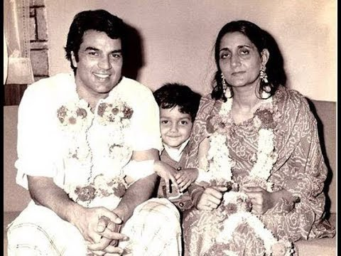 Rare Unseen Pics Of Dharmendra First Wife Prakash kaur - YouTube