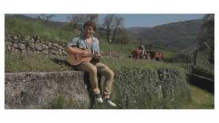 """Matteo Becucci """"Fammi dormire"""" video ufficiale"""