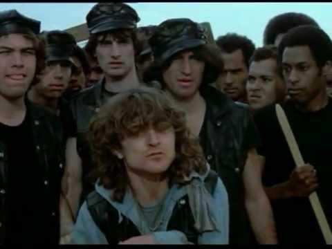 I guerrieri della Notte  The Warriors  1979  Guerrieri, giochiamo a fare la guerra...