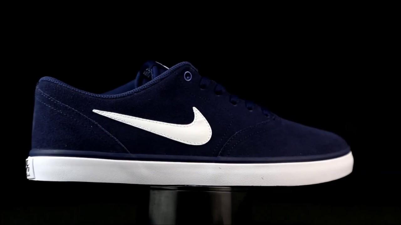 Nike Check Solar azul marino.