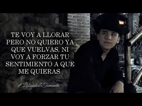 (LETRA) ¨LLORANDO Y TOMANDO¨ - Christian Nodal (Lyric Video)