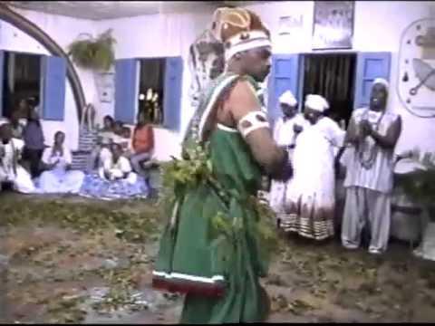 Gundê dia Kizoomba Kia Tat,etu Nkaitúmba Dia Risoko Katendê Mukixi Kua Mbutu Ngola N´Paketans