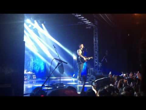 Banda Malta - Bruno tocando várias músicas @ São Paulo, Audio Club