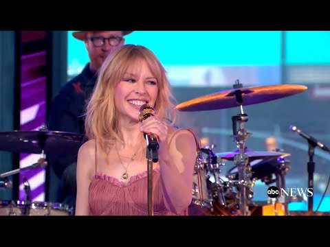 Kylie Minogue - Stop Me From Falling (GMA 2018)