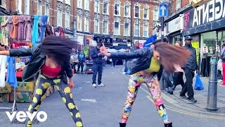 Charlotte Devaney - Get Ready 4 Tha Drop ft. The Ragga Twins Resimi