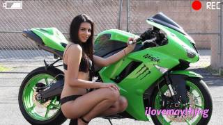 A Gorgeous Woman & the Green Kawasaki NINJA ZX6R